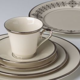 solitaire-5-pc-place-setting__140290600_wHR